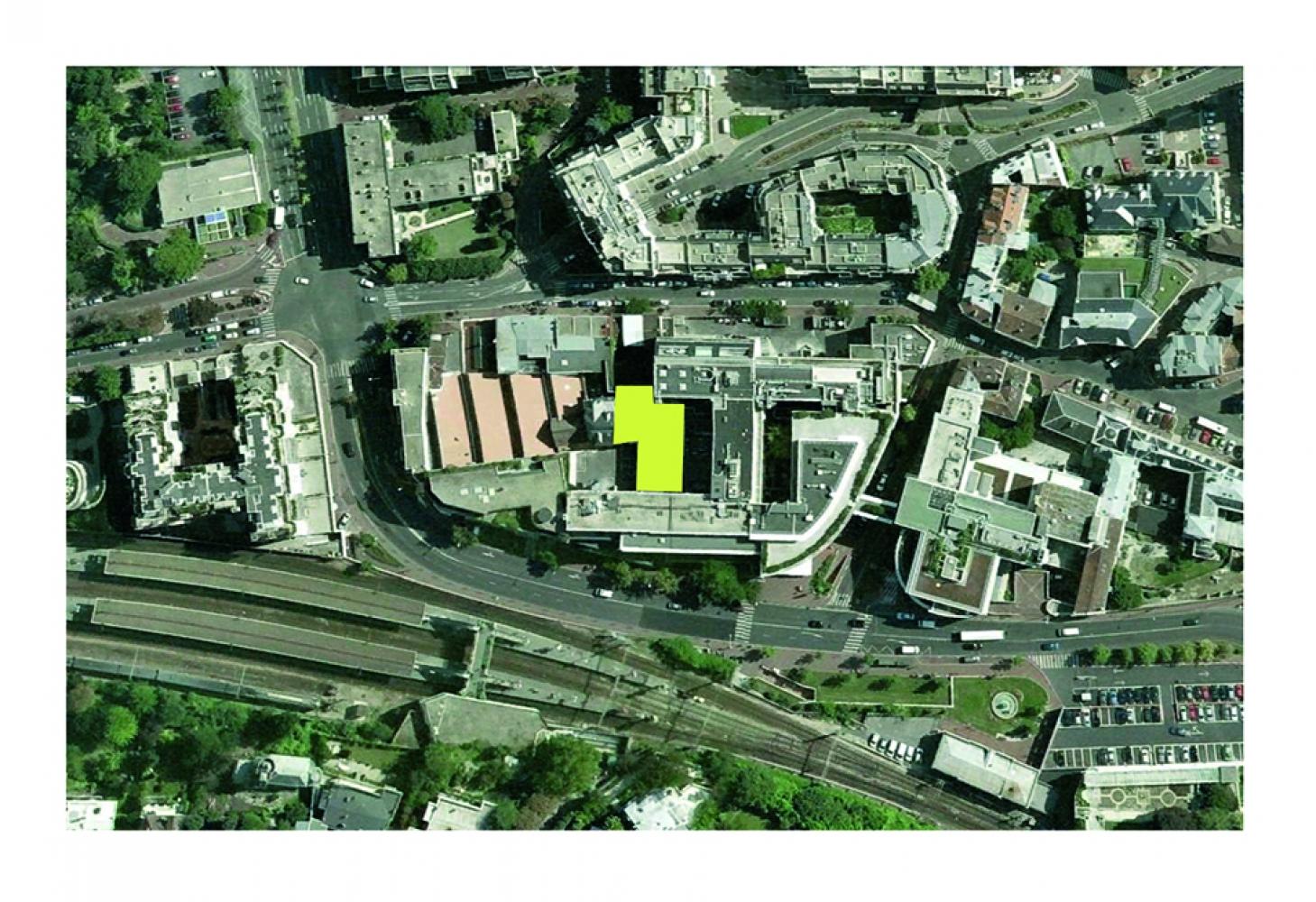 03-st-cloud-huguenin-hall-img-002 Pascale SEURIN Architecte - Hospitalier
